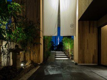 ホテルカンラ京都 エントランス