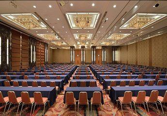 ロイヤルパークホテル 宴会 ロイヤルホール
