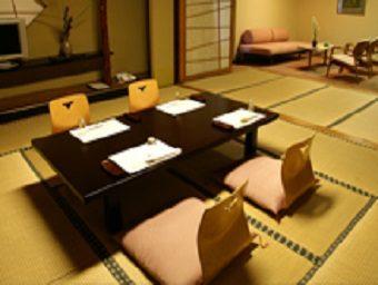 ホテル一栄 宴会場「椿」