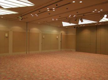 ホテルプリムローズ大阪 宴会場 「羽衣」