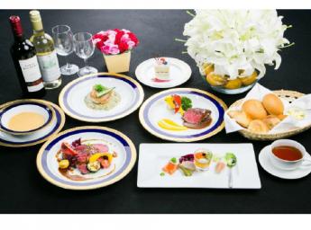 シュビア赤坂 パーティプラン コース料理スタイル